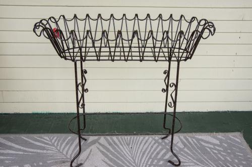 Wrought Iron Scroll Plant Stand/Rectangular